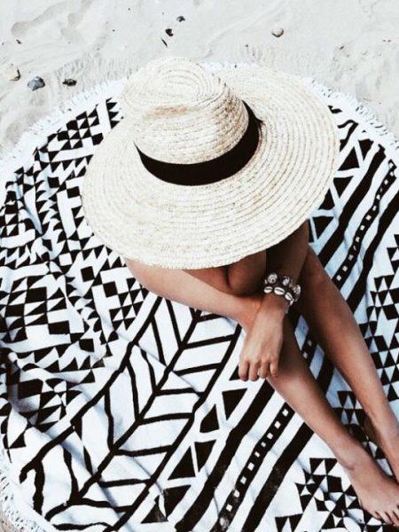rond strandlaken, roundie beach towel, zomer badlaken, rond laken, fashion musthaves, musthaves webshop, fashionlover