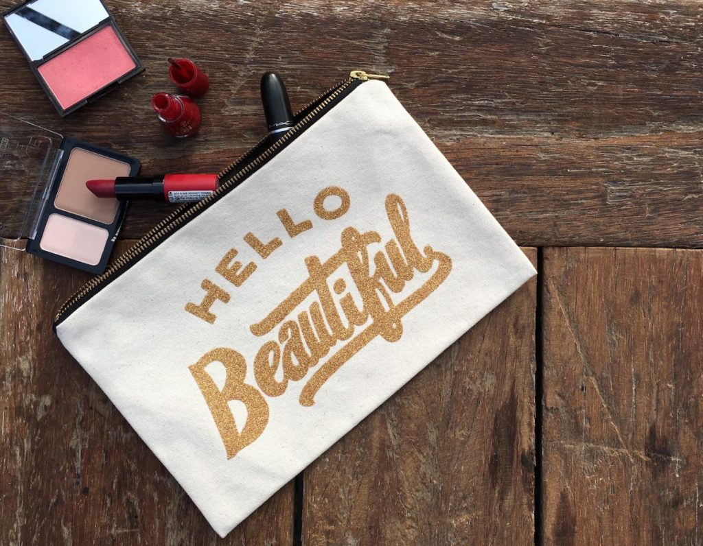 Hello Beautiful, canvas clutch, make up tas, make up clutch, canvas make up tas, toilettas, fashion musthaves, i'm a fashionlover, webshop